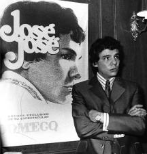 Chicago está de luto por la muerte de José José y usuarios en redes comparte sus canciones favoritas: ¿Cuál es la tuya?