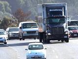 Faltan choferes: Así puedes obtener la licencia para ser camionero en el Valle Central
