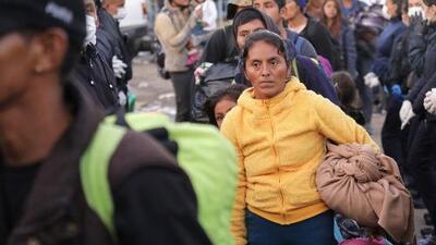 Así reaccionaron los migrantes de la caravana en Tijuana ante la noticia de que deberán esperar en México su solicitud de asilo a EEUU