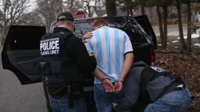 Tras las rejas 25 pandilleros de la MS-13 acusados de más de 14 asesinatos en California