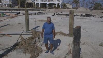 La historia de Jimmy López, el hombre que todavía busca su casa porque el huracán se la llevó