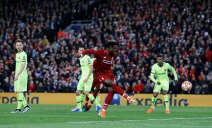 De hecho, fue Liverpool el que anotó al minuto 34 del segundo tiempo el 4-0 en un tiro de esquina en el que Barcelona se distrajo y a placer marcó Divock Origi.