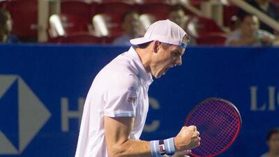 John Isner empleó su potente saque para eliminar a John Millman y meterse a Semifinales del AMT