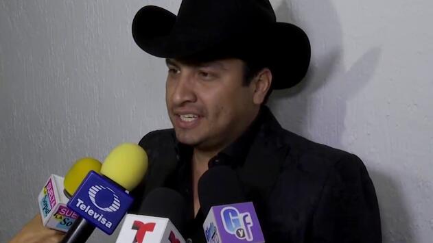 """A Julión Álvarez no le da miedo cantar en Sinaloa y asegura que después de la """"tempestad tiene que haber fiesta"""""""