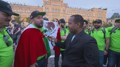 Tony Dandrades pone a hablar ruso a la banda 'El Recodo'