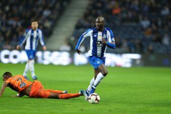 En fotos: con los mexicanos, el Porto supera al Portimonense y no afloja en Portugal