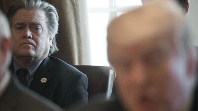 Con DACA y Afganistán, Bannon desata su prometida guerra contra la Casa Blanca