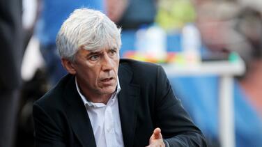 Despiden a entrenador de Emiratos Árabes sin debutar