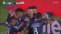 ¡Gol de San Luis! Ramiro González remata para el 1-0
