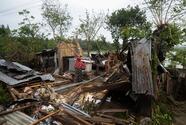Superciclón causa más de 80 muertes y provoca graves daños en India y Bangladesh