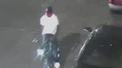 Buscan al sospechoso de disparar contra una pareja en una calle de Brooklyn