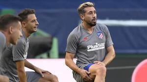 Atlético de Madrid estaría buscando acomodo para Héctor Herrera