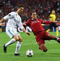 La hermana de Cristiano Ronaldo explota contra Van Dijk