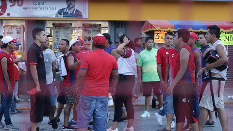 ¡Pelea en el puerto! Aficionados de Veracruz protagonizan bronca afuera del estadio