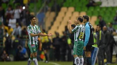 Landon Donovan debutó y León volvió a rugir ante Puebla