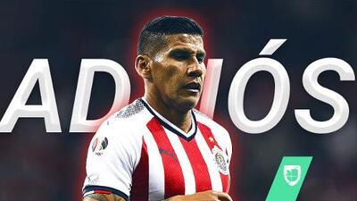Carlos Salcido se va de Chivas tras el Mundial de Clubes