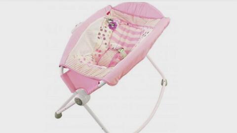 'La mecedora de la muerte': 10 bebés han perdido la vida en estas sillas de Fisher-Price