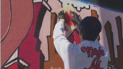 """""""Hay que sacar a la calle el arte de los museos y las galerías"""": esta artista de Nueva York enseña sobre el grafiti"""