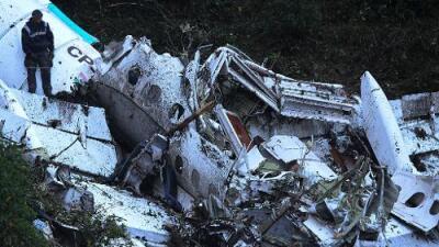 Avión de LaMia despegó incumpliendo una observación en su plan de vuelo: no tenía suficiente combustible