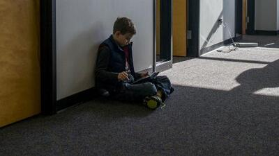 Riesgos y consecuencias de los retos virales comunes entre niños y adolescentes