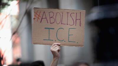 Coalición exige que la policía de Chicago no coopere con ICE y que se firme una orden ejecutiva para garantizarlo