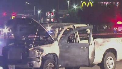 Interponen cuatro cargos a joven de 18 años señalado de disparar al auto de una familia y desatar una explosión