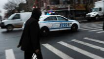 """""""Es racista"""": informe revela que práctica de 'stop and frisk' en Nueva York sigue afectando más a las minorías"""