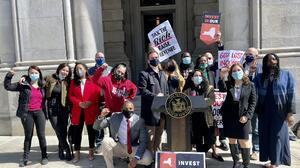 Seis proyectos de ley buscan reconstruir la economía de Nueva York y acabar con exenciones fiscales para los más ricos