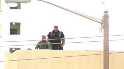Sospechosa de crear falsa alarma está detenida tras un supuesto incidente con rehenes en Miami