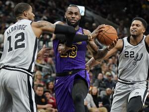 Carrusel NBA: los Spurs dan la voltereta a los Lakers en una noche de sorpresas