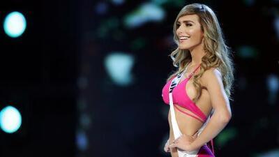 La primera transgénero en participar en Miss Universo se robó todos los aplausos durante desfile en traje de baño