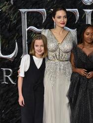 Angelina Jolie dice que 3 de sus hijos quieren testificar contra Brad Pitt