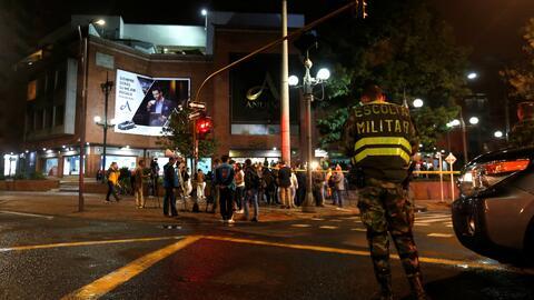 Autoridades de Colombia tienen tres hipótesis de sobre la explosión en el centro comercial Andino