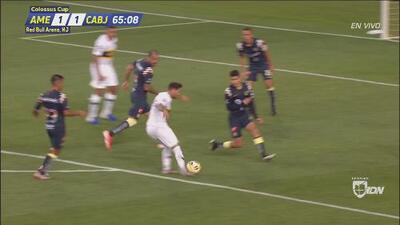 Golazo de Mauro Zárate y Boca empata 1-1 al América con una pintura