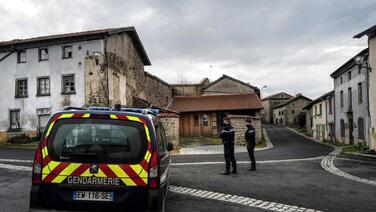 Tres policías muertos y uno herido tras responder a una llamada por violencia doméstica