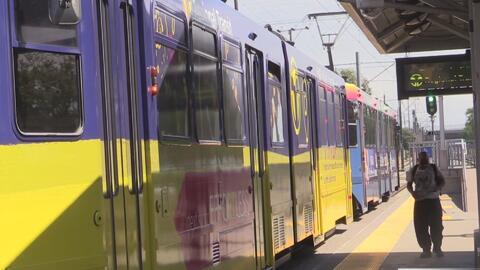 Autoridades buscan a responsables de un asalto en una estación del tren ligero en Rancho Córdova