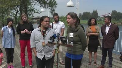 Comunidad continúa angustiada por la calidad del aire pese a que el incendio en la planta petroquímica fue controlado