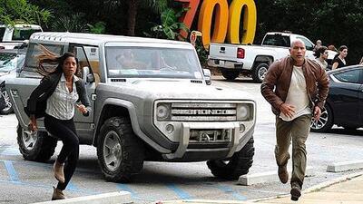 La Ford Bronco Concept aparece en la próxima película de 'La Roca'