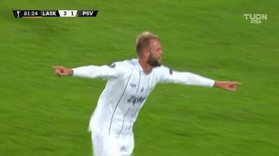 Ya es goleada, Klauss le puso el cuarto en la frente al PSV