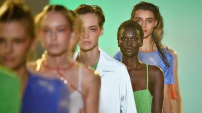 Los diseñadores hispanos están sobresaliendo en la Semana de la Moda de Nueva York