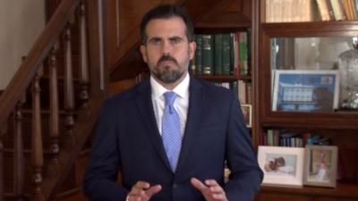 Ricardo Rosselló renuncia a la presidencia de su partido y a la reelección, pero no dimite pese a las protestas