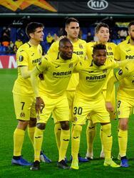 Soccer Football - Europa League - Group Stage - Group G - Villarreal v Spartak Moscow - Estadio de la Ceramica, Villarreal, Spain - December 13, 2018 Villarreal team group REUTERS/Heino Kalis
