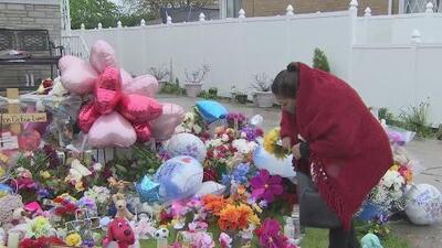 """""""Uno también tiene hijos y a cualquiera le puede pasar"""": habitantes de Scottsdale visitan el memorial de Marlen Ochoa"""