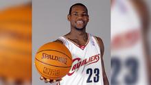 Así debutaba 'El Rey' hace 17 años en la NBA