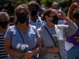 Cientos de personas hacen fila en funeraria de Puerto Rico para despedir a Keishla Rodríguez