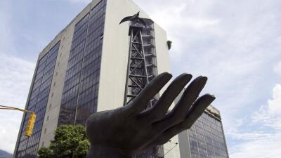Abogados extranjeros pagaron sobornos a funcionarios venezolanos, según denuncia EEUU