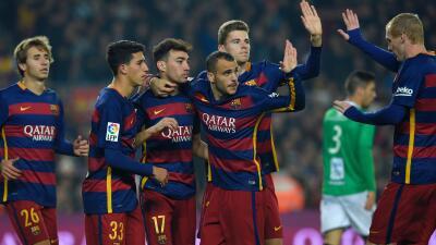 El Barcelona aplastó 6-1 al Villanovense para meterse a octavos de final de Copa del Rey