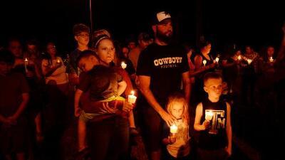 Iglesias locales tendrán seguridad gratuita tras masacre en Sutherland Springs