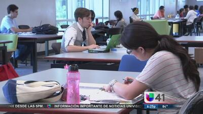 Becas para hispanos para ir la universidad