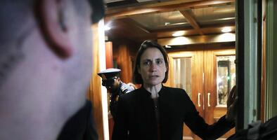 """Giuliani """"es una granada"""": el explosivo testimonio de Fiona Hill, exasesora de Trump"""